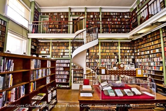 Édition livre Bourgogne-Franche-Comté Gallimard